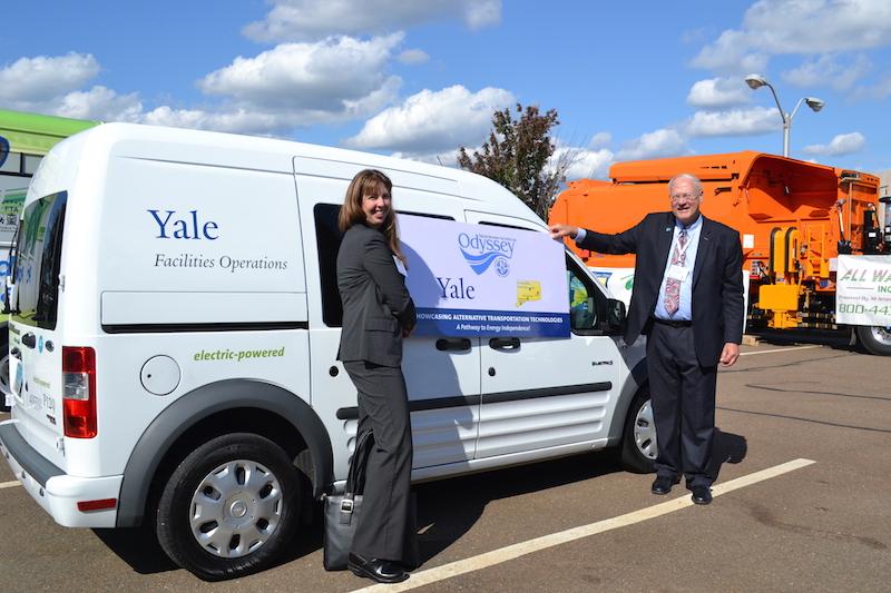 Yale EV transit connect-odyssey